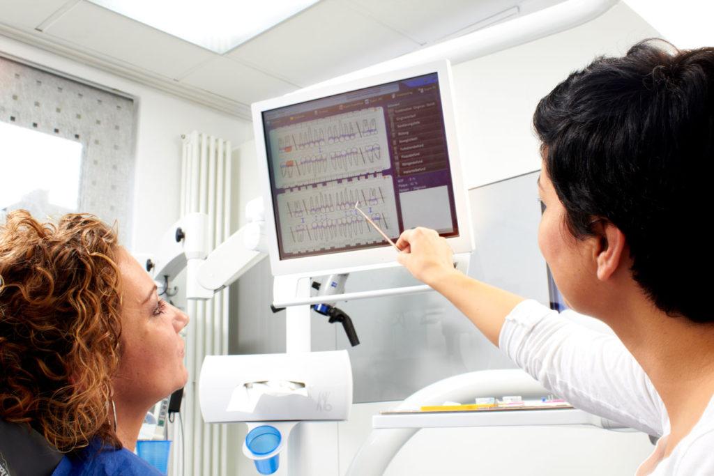 """""""Patientenkommunikation – effektiv und überzeugend! Grundlagen, Hilfsmittel und Tipps, die bei der Überzeugungsarbeit gute Hilfe leisten"""