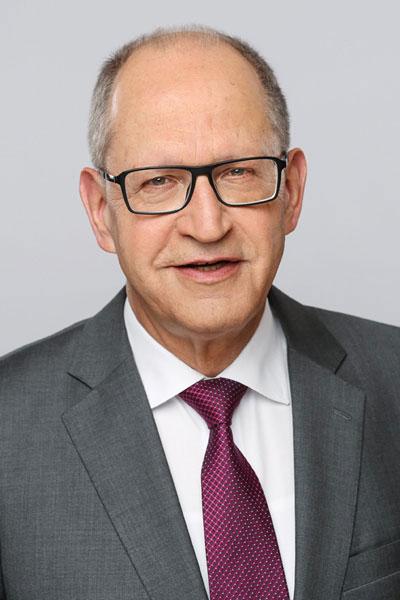Neue zahnärztliche Approbationsordnung im Bundeskabinett verabschiedet Bundeszahnärztekammer fordert eine schnelle Implementierung